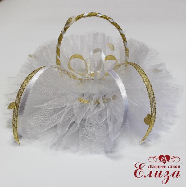 Сватбена кошница за пръстени в бяло и златно
